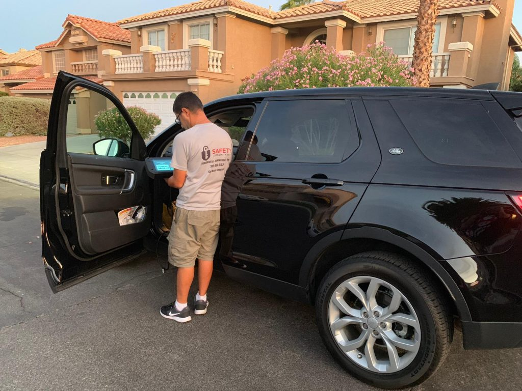 Safety Locksmith 24:7 las vegas making keys for car