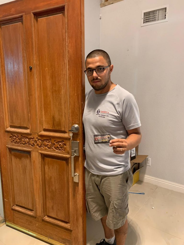 Safety Locksmith 24:7 las Vegas rekey a lock for front door