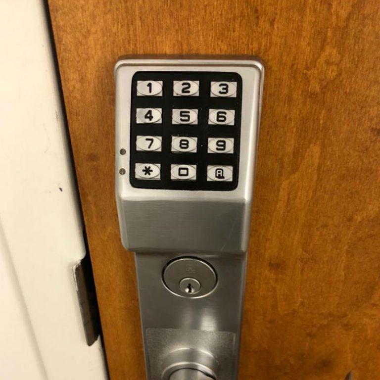 _locksmith express keypad lock Dallas